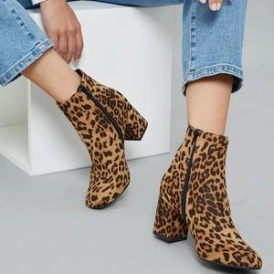 ✨Charlotte Russe leopard print ankle boots